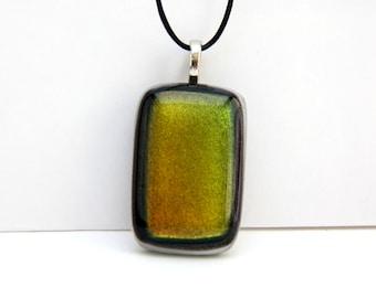 Pendant Dichroic Glass Fusing green Rectangle
