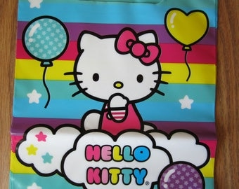 8 Hello Kitty Sitting on the Cloud Rainbow Stripe Balloon Loot Bags Cello Bags Birthday Baby Shower Wedding Gift Party Supplies