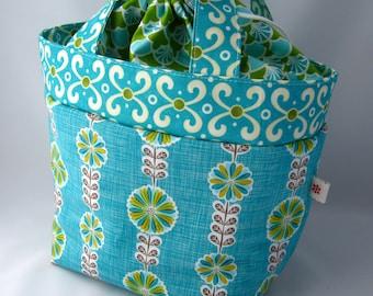 Fabric bag with drawstring lining