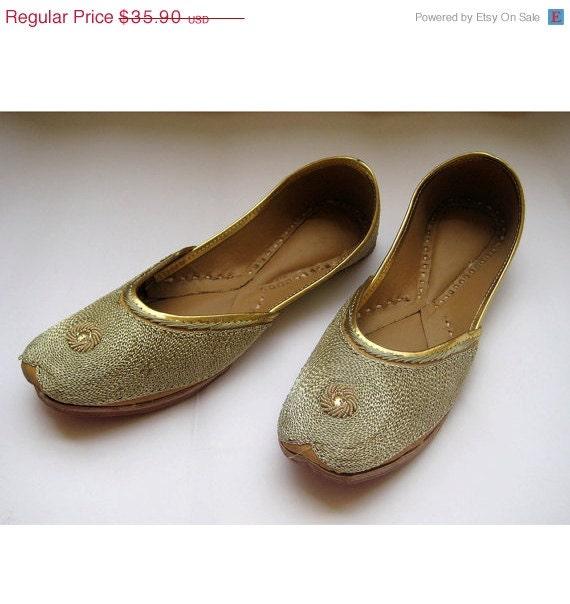 US Size 7/Gold Flats/Bridal Shoes/Wedding Shoes/Bridal Ballet