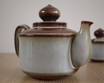 Sonja teapot - Soholm (Søholm) - Bornholms stentøj - ceramic / stoneware teapot - mid century