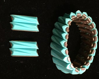 Retro Cool Bracelet And Clip Earring