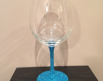turquoise sparkle stem wine glass.