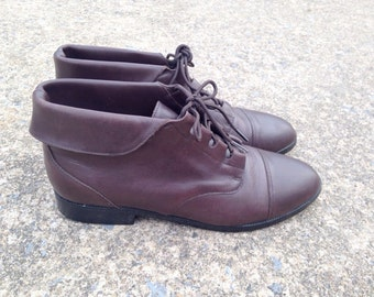 Vintage 80s 90s Dark Brown Leather Ankle Boots / Sz 8.5