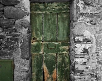 Italy photography, architectural photo,Old Green Door, urban decor,large wall art, home decor, office decor, bl+wh with color photo, rustic