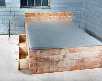 SANNES bed with 2 pull out bed. recycled