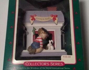 WINDOWS of the World -JOYEUX NOEL- #4 Series Hallmark keepsake ornament 1988