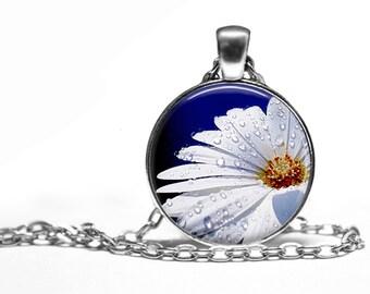 Daisy Flower Nature Handmade Pendant Necklace