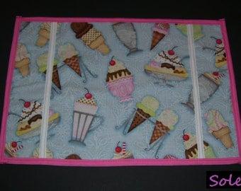 SIMPLE TABLE MAT, sundae pattern. - sundae placemats - sundae tablemats - sundae table mats - sundae place mats - sundae lunch mats -