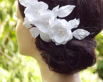 Bridal headpiece, Bridal hair flower, Wedding Hair Accessories, Wedding hair clip, Bridal hair piece,  Floral hair clip, Bridal fascinator