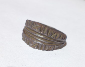 Antique bronze ring CA 15-16 DA!