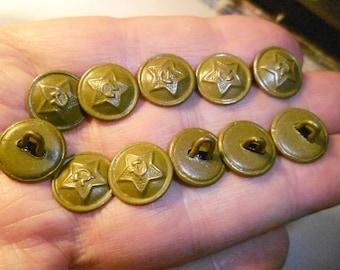 Button 14 mm khaki World War 2 Tin.