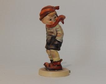 Figurine Boy Goebel Hummle March Winds