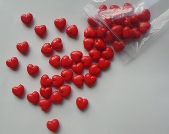 100 x Red Heart Shaped Beads 10mm Acrylic / Lucite - UK Seller