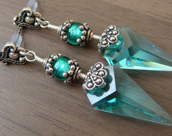Blue Green Swarovski Earrings Vintage Earrings Victorian Bohemian Blue Antique Silver Earrings Antique Green Earrings Swarovski Blue Earring