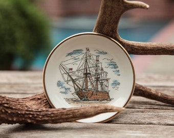 "Gold Lined Porcelain Plate/Naval Ship/England/H.M.S. Victory/Susan Clough Designer Plate/4.5""Wide/*FREE GIFT WRAP*"