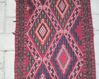 tissage schendiletto red kilim tapis teppich 4'kilim, kilim oriental rug ,outdoor rug ,vintage turkish rug, area rug , floor rugs45x105