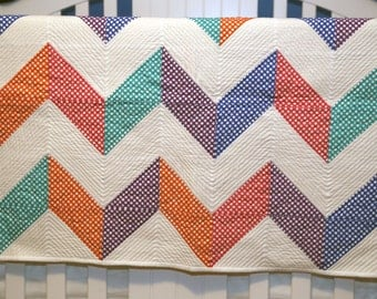 Chevron Dots baby quilt, lap quilt, ready to ship quilt, modern baby quilt, baby blanket