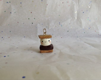 Miniature polymer clay smore charm