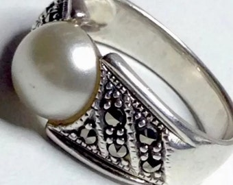 Vintage 925 silver Marcasite Pearl Cigar Band Ring 11mm Size N