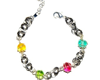 Jump ring with lamp-work glass bead bracelet