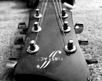 Guitar Head Canvas 1