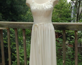 Vintage Ivory Nylon Lace Nightgown