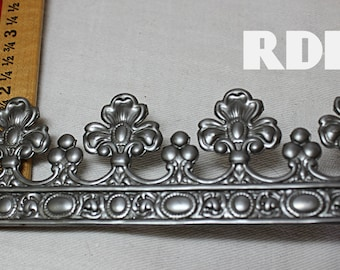 Regal crown metal Made in USA  Whimsical crown course