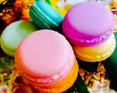 3pcs PLASTIC MACAROON BOXES Colorful Realistic