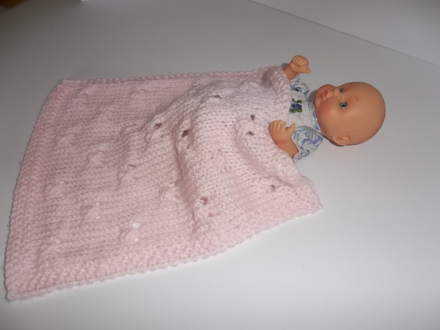 lacy pink doll blanket afghan throw pale pink knitted doll. Black Bedroom Furniture Sets. Home Design Ideas
