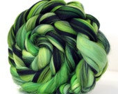 Fine Merino Wool  Combed Wool Top - Rainforest 100g Felting Fiber Spin Yarn
