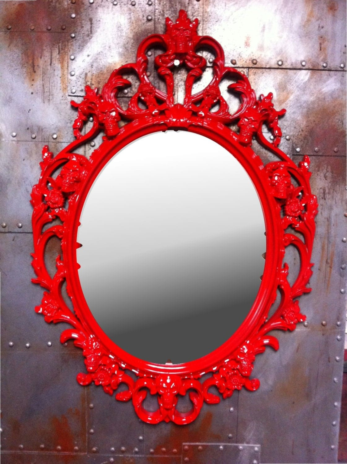 gloss red skulls oval picture frame with mirror shabby by. Black Bedroom Furniture Sets. Home Design Ideas