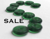 LOW Stock - Large Vintage Green Glass Washer Beads (20X) (B598) SALE - 25% off