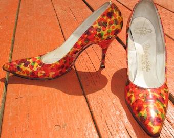 Vintage Women's De Liso Debs by Palter DeLiso 60's  Orange Patent Leather Watercolor Pumps High heel stiletto shoes, colorful, size 6