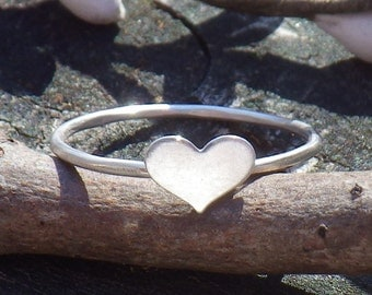 Tiny sterling silver heart ring