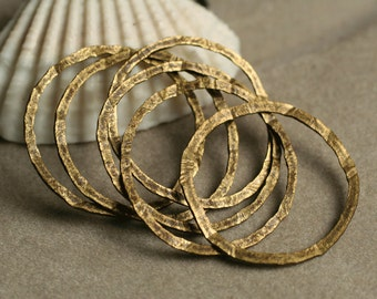 Hand hammered antique brass O ring aprox 20mm in diameter, 10 pcs (item ID YWABFA000011K)