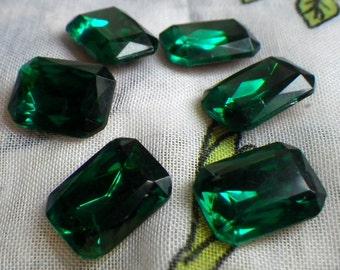 Emerald Green 14x10mm Octagon Glass Gems Foiled 6 Pcs