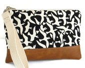 IMAN Designer Birds in Flight Print - Large Wristlet - Clutch Bag - Detachable Strap - Vegan