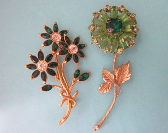 2 Vintage Flower Brooches