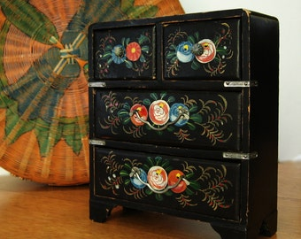 Handpainted Jewelry Box Flowers Japanese Black Chest Made in Japan Lacquered Footed