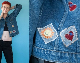 90s Vintage Hearts and Sunshine Embroidery Jean Denim Jacket S