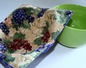 Bowl Cozy/Grapes Hot-Cold Bowl Pad/ Reversible 100% Cotton/ Microwave