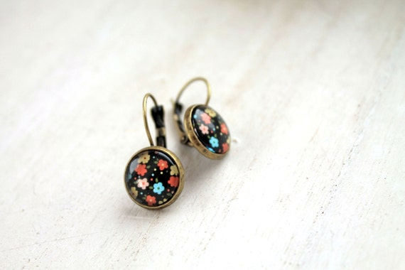 Pretty  flower  earrings sweet lolita feminine leverback