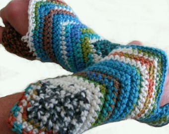 Crochet Pattern Womens Wristlets Fingerless Gloves Multi-Sized PreTeen And Up Instant Dowload