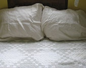 Creamy White King Size Cotton Pillowcases . lot of 3 .  3 king pillowccases  .  3 white pillowcases