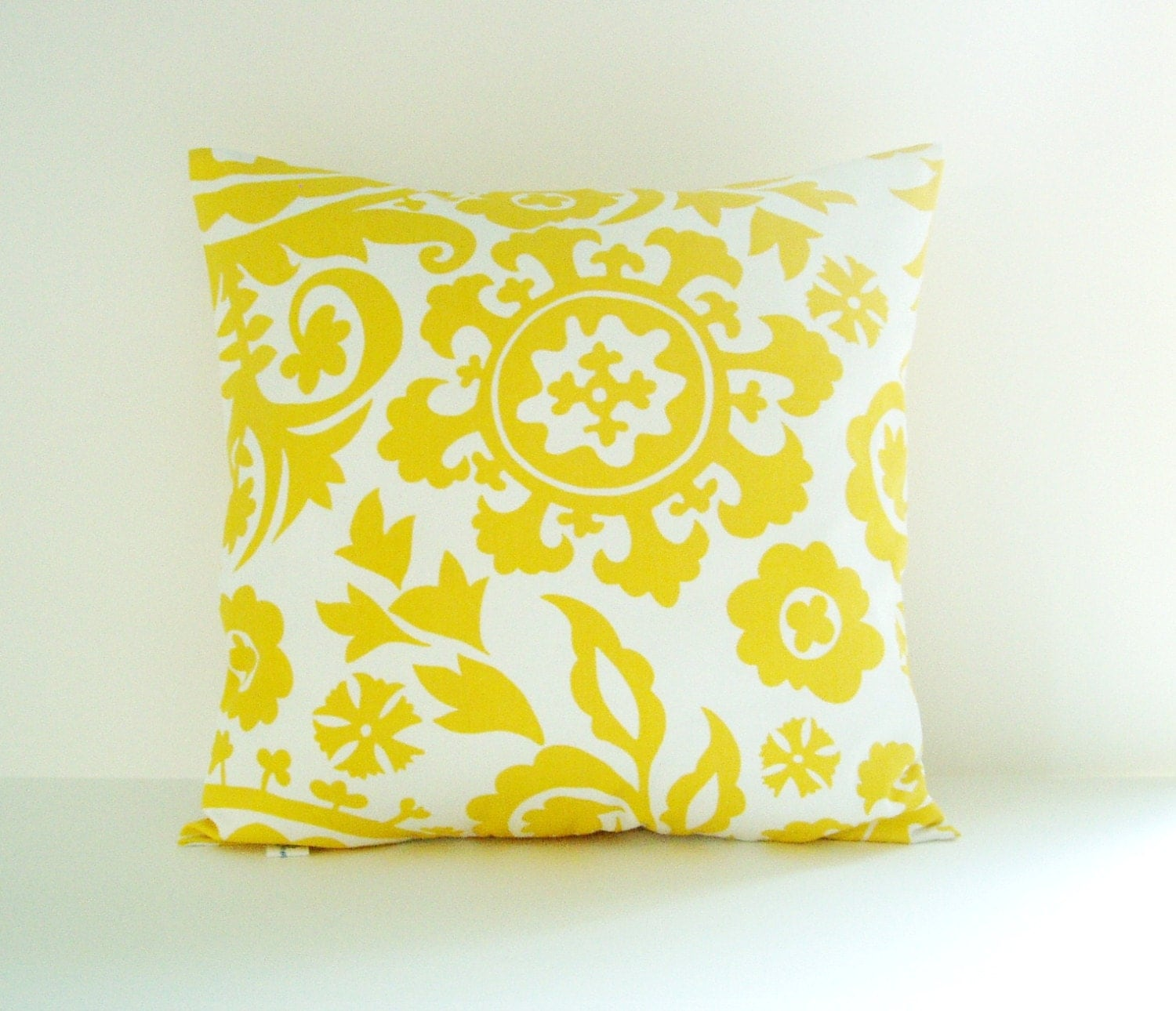 How To Measure Throw Pillow Covers : Yellow Pillow Cover Suzani Pillow Decorative Pillow Size