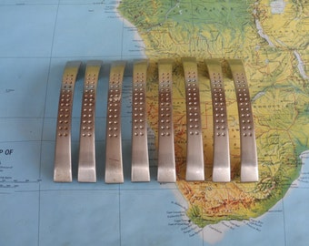 SALE! 8 silvertone curvy metal handles with tonal dot motif