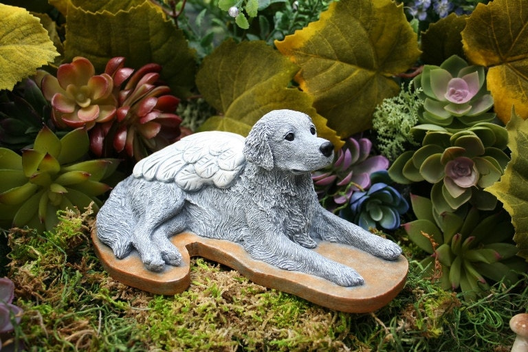 Lovely Golden Retriever Garden Statue Ftempo  U003e Source. Zoom