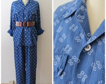 80s Liz Wear Blue Print Collared Shirt and Pleated Pants, Matching Set, Size L