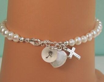 Girl First Communion Gift, Bracelet with Cross, Heart Pearl, Personalized Pearl Bracelet, Flower Girl Bracelet, Sterling Silver, SIZE MEDIUM